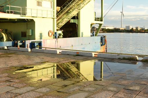夕陽の港湾_b0259218_02462933.jpg