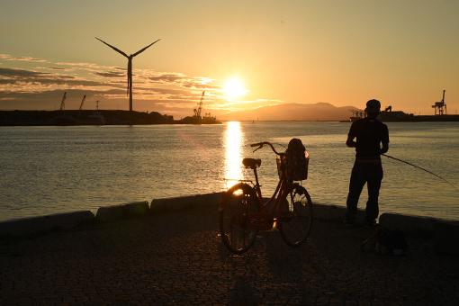 夕陽の港湾_b0259218_02491457.jpg