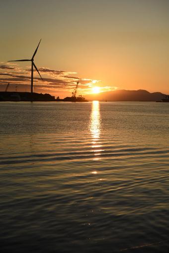 夕陽の港湾_b0259218_02512159.jpg