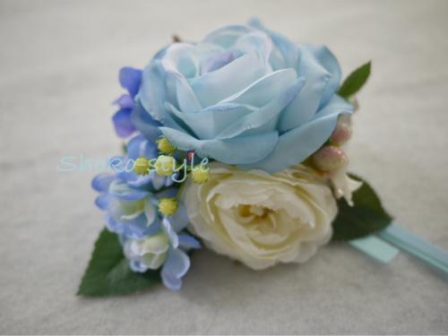青いコサージュ_a0135999_02143737.jpg