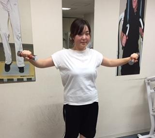 肩こりに悩む女性は男性の2倍!肩こり予防エクササイズの紹介_b0179402_13222345.jpg