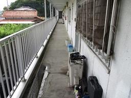 通路防水工事(青梅市)_c0183605_15470937.jpg