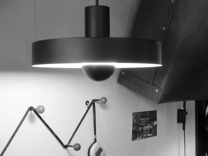 凸ランプのLED電球カヴァー_c0362506_12364976.jpg