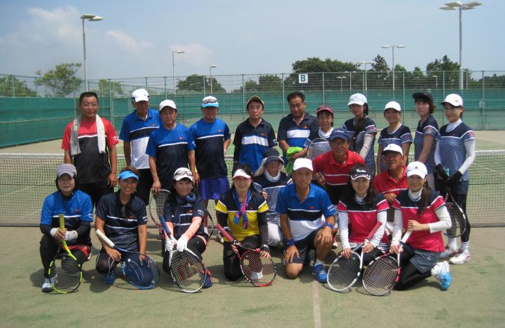 水曜テニスサークル昼食会_a0151444_16073481.jpg