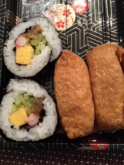 卵豆腐、サンマフライ、助六ずしー今週の日本食_e0350971_12302902.jpg