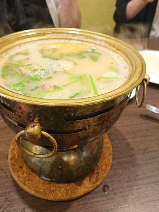 【外食しよう】羊肉と東北料理で暑気払いの食事会_e0274872_21132821.jpg