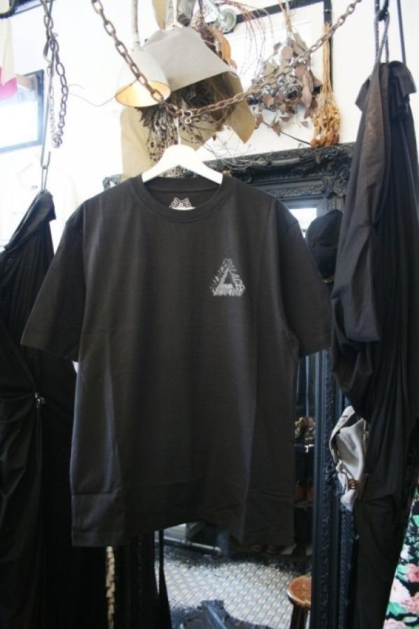 Hi-CORAZONとInizioとCITTA MATERIALとマンゴー!!入荷PALACE SKATEBOARDS Tシャツ、ショーツ、パンツ、キャップ_f0180307_23330992.jpg