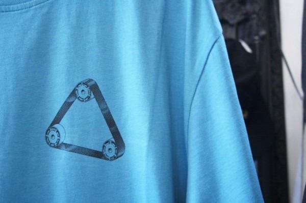 Hi-CORAZONとInizioとCITTA MATERIALとマンゴー!!入荷PALACE SKATEBOARDS Tシャツ、ショーツ、パンツ、キャップ_f0180307_23561088.jpg