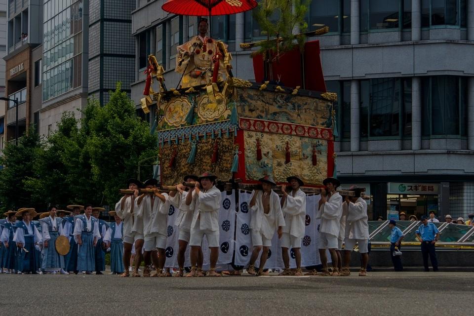 祇園祭前祭②~山鉾巡行(月鉾~船鉾)_e0363038_11062769.jpg