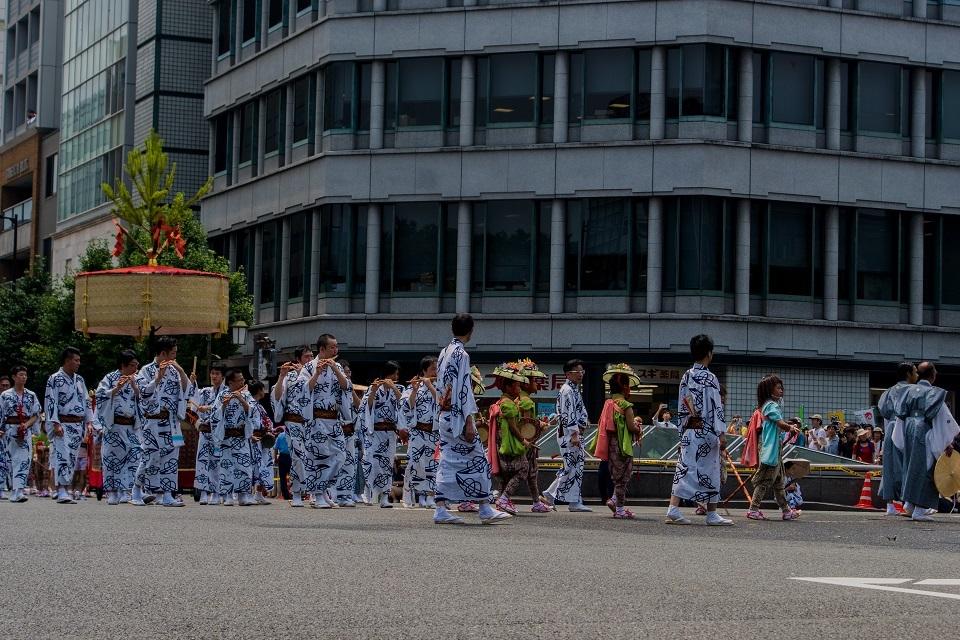 祇園祭前祭②~山鉾巡行(月鉾~船鉾)_e0363038_11063257.jpg
