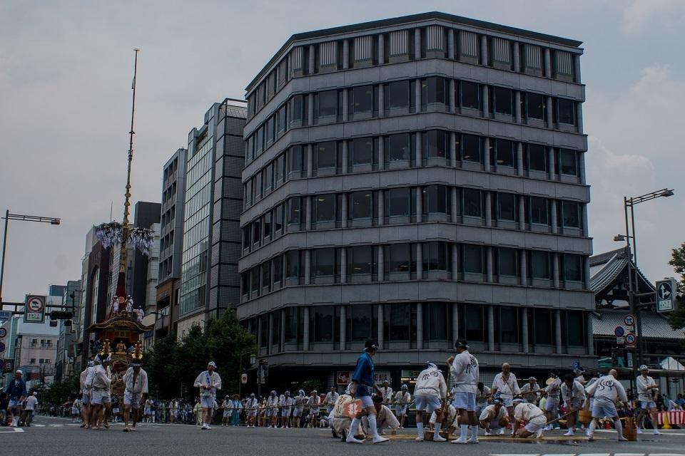 祇園祭前祭②~山鉾巡行(月鉾~船鉾)_e0363038_11064352.jpg