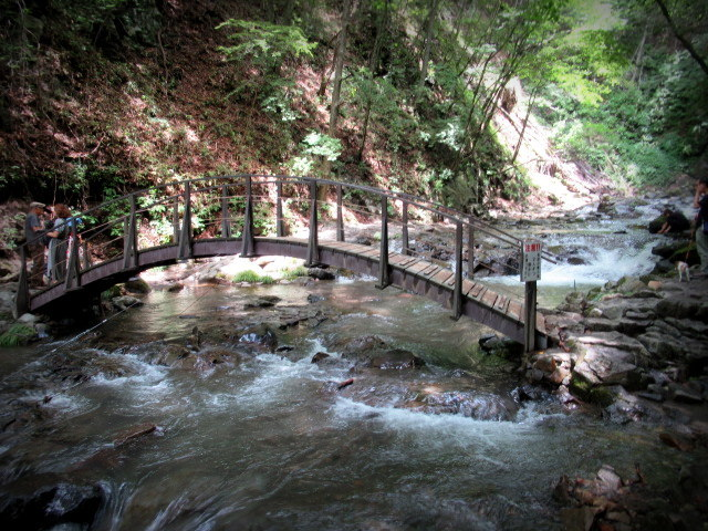 ②暑中お見舞い*浅間大滝~豪快な水しぶきに涼む♪_f0236260_16314966.jpg
