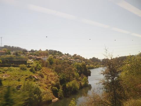 ポルト散歩(30)Guimaraesから 電車でポルトへ_c0212604_21255315.jpg