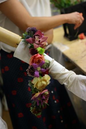 7月18日生花レッスン ウェディングアイテム、花かんむりとかリストレットとか_a0042928_15033647.jpg