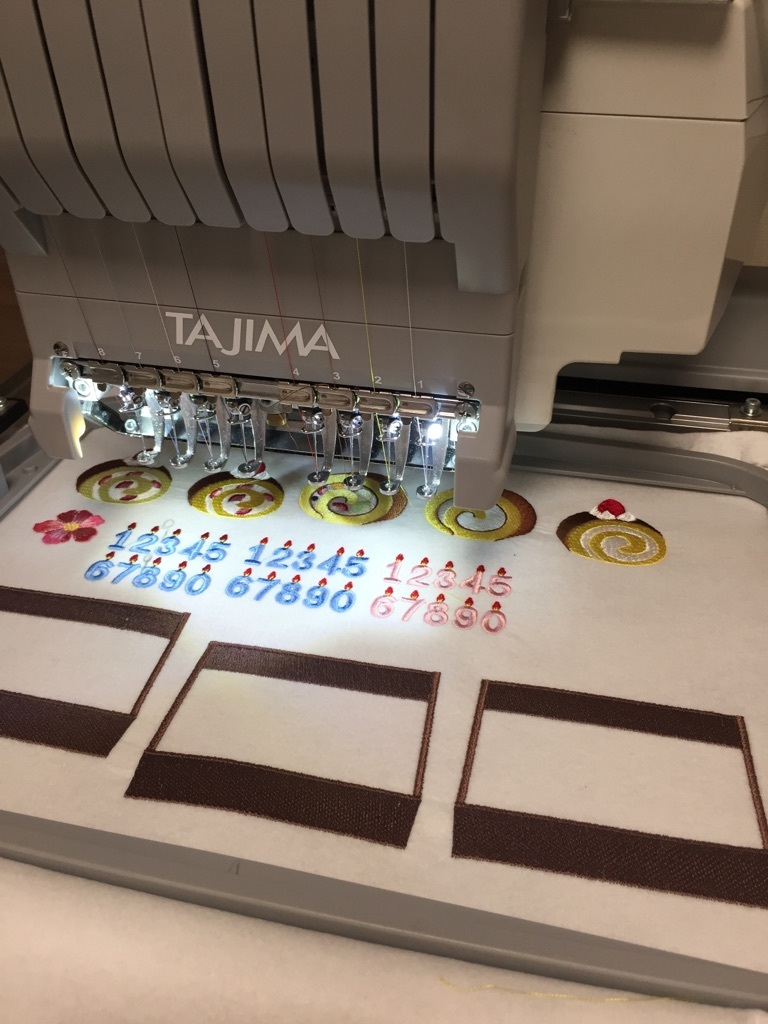 レースなフレーム検品と試し縫い_a0370893_00024201.jpg