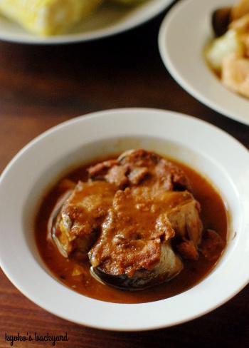 鶏肉とキャベツの炒めもの / グリーンカード到着_b0253205_04432604.jpg
