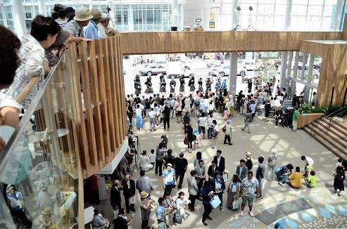 八戸まちなか広場マチニワ 法霊神楽、佐比代虎舞_c0299631_15374145.jpg