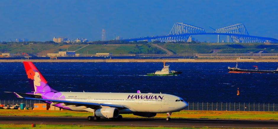 羽田沖で観たハワイアン航空機_a0150260_22031693.jpg