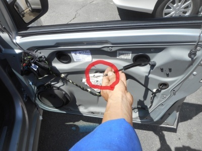 メルセデス・ベンツ Bクラス(W245) 運転席ドアが開かない 整備 (インナーハンドル交換)_c0267693_17251735.jpg