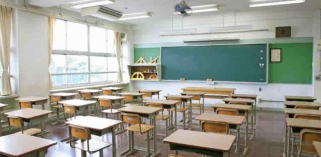 熱中症対策で防犯球技大会中止、教室にエアコンを!_e0068696_1018283.jpg