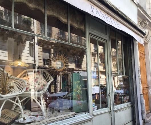 パリの可愛いアンティークショップ_c0094013_23302475.jpg