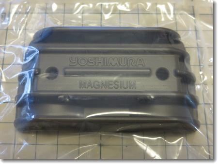 マグネシウムヘッドサイドカバー装着_c0147448_11252885.jpg