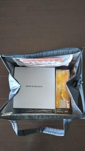 【DEAN&DELUCAのピクニックバッグ】_e0253188_14362791.jpg