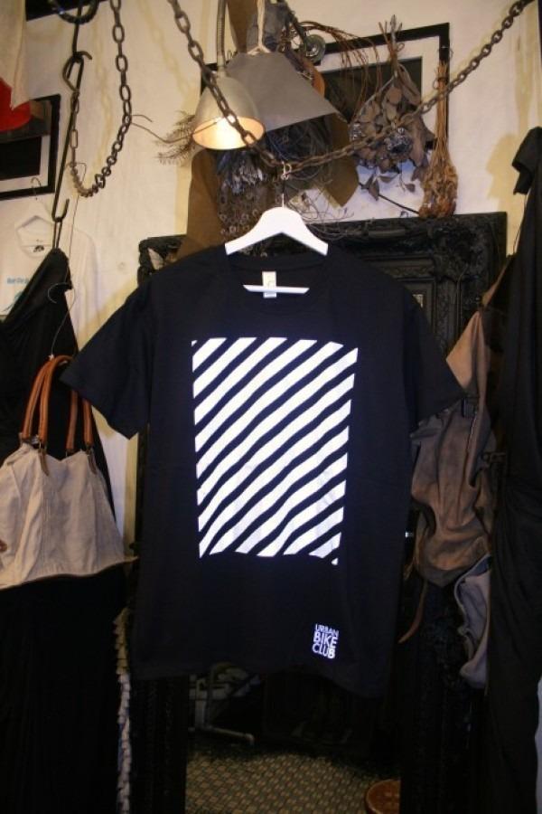 先日の休日 入荷Tシャツ、半袖シャツ_f0180307_02291607.jpg