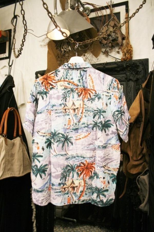 先日の休日 入荷Tシャツ、半袖シャツ_f0180307_02365505.jpg
