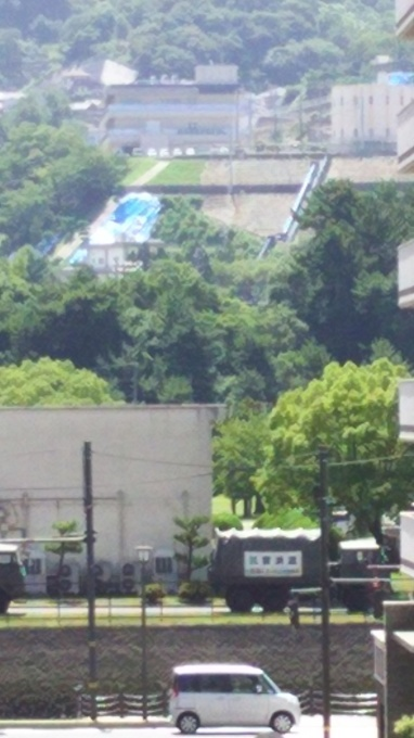 JR呉駅付近は一見して平常通りですがーー「呉駅付近は平常通りですので遊びに来てほしい」に応じて_e0094315_11113129.jpg