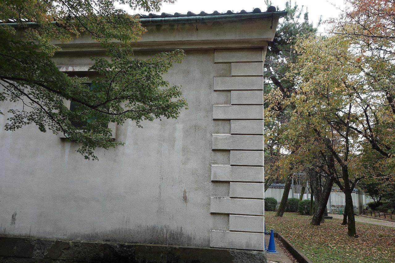 名城公園 乃木倉庫_c0112559_07414688.jpg