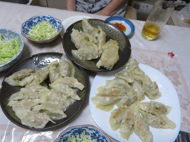 餃子とタンメン_e0133780_22484066.jpg