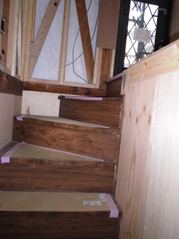 階段リフォーム_e0190287_21483126.jpg