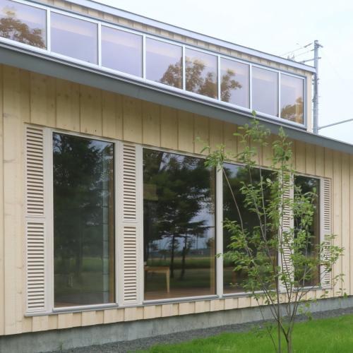南幌のブロックの家:換気ガラリ付窓ナイトパージ_e0054299_14234512.jpg
