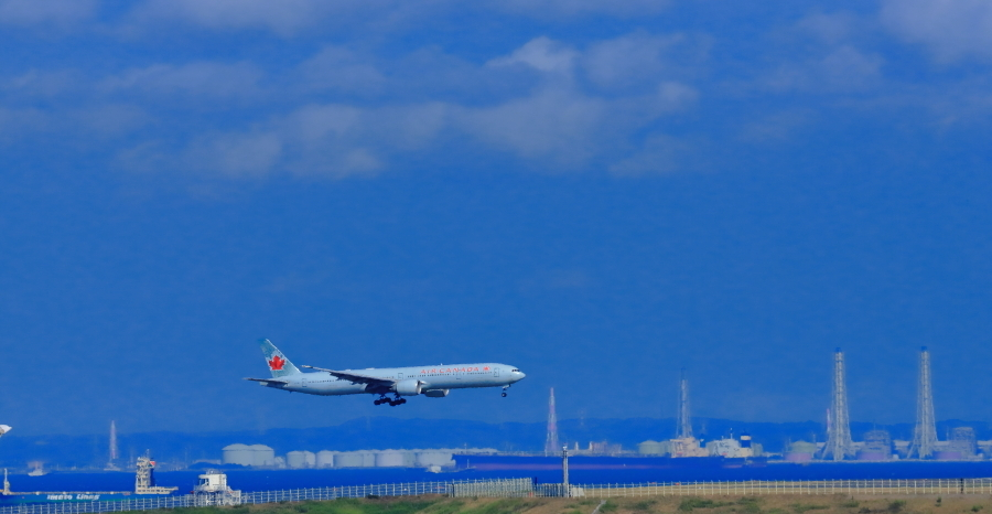 羽田沖空港D滑走路に着陸態勢カナダ航空機_a0150260_06551706.jpg