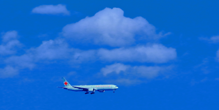 羽田沖空港D滑走路に着陸態勢カナダ航空機_a0150260_06554007.jpg