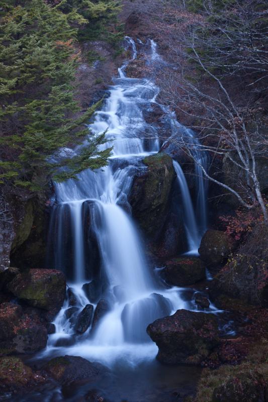 夜明けの日光へ滝を撮りに行こうか_a0261169_11581145.jpg