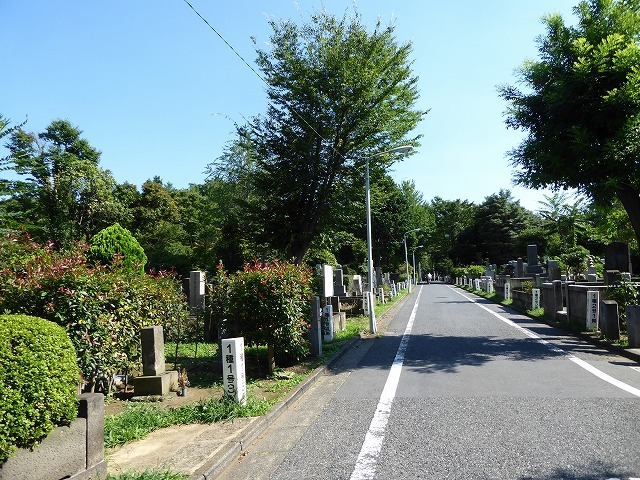 雑司ヶ谷霊園巡りと宣教師館♪ 有名な人のお墓見てきたよ~♪_b0287088_21512579.jpg