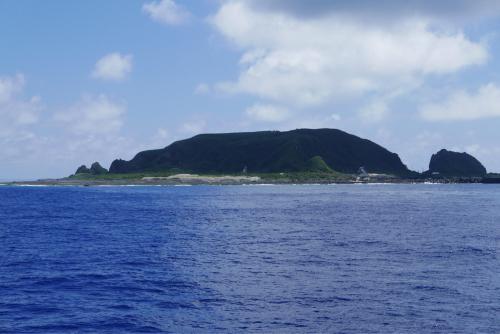 海界の村を歩く 東シナ海 小宝島_d0147406_17110848.jpg