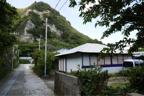 海界の村を歩く 東シナ海 小宝島_d0147406_17423074.jpg