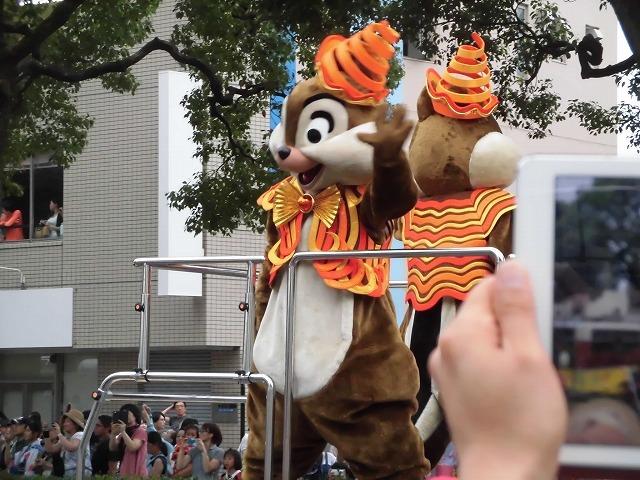 この暑さ ディズニーの着ぐるみ担当者は大丈夫? 記念の「富士まつり」_f0141310_07381530.jpg