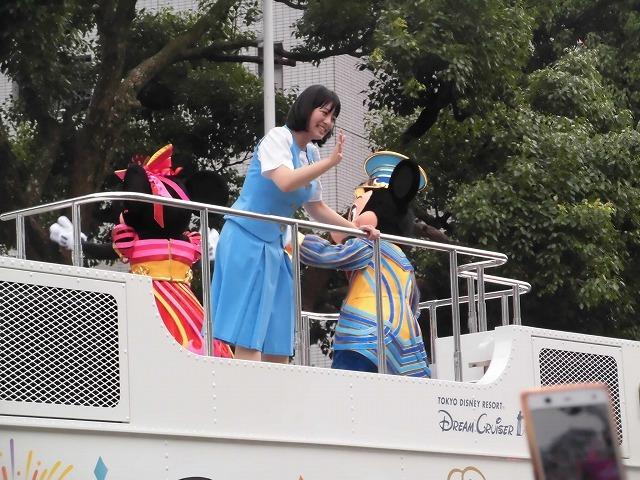 この暑さ ディズニーの着ぐるみ担当者は大丈夫? 記念の「富士まつり」_f0141310_07382260.jpg
