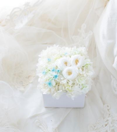 卒花嫁様より 旦那様から奥様へのギフト  自分と違う他人と結婚するということ_a0042928_21422934.jpg