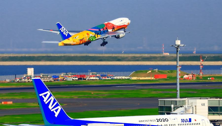 羽田空港第二ターミナルで観た景観_a0150260_23344286.jpg