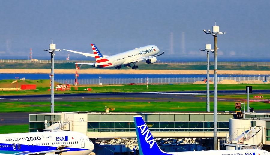 羽田空港第二ターミナルで観た景観_a0150260_23351326.jpg