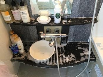 最近のお風呂掃除~&うっわ!浴槽に青い線がついてるぅ~!!!_e0123286_17371824.jpg