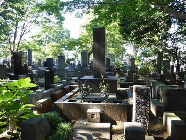 雑司ヶ谷霊園巡りと宣教師館♪ 有名な人のお墓見てきたよ~♪_b0287088_19555425.jpg