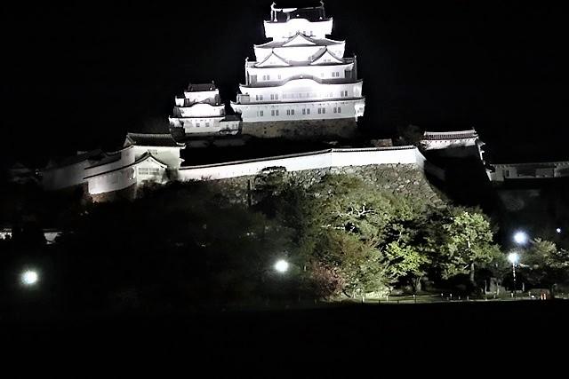 藤田八束のお城訪問@白鷺の城姫路城、世界文化遺産姫路城をもっと観光に利用して欲しい・・・姫路市への観光客からの意見_d0181492_09403983.jpg