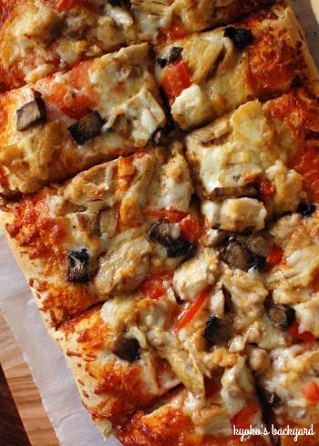 ホエーを活用したピザ2種類_b0253205_06331868.jpg