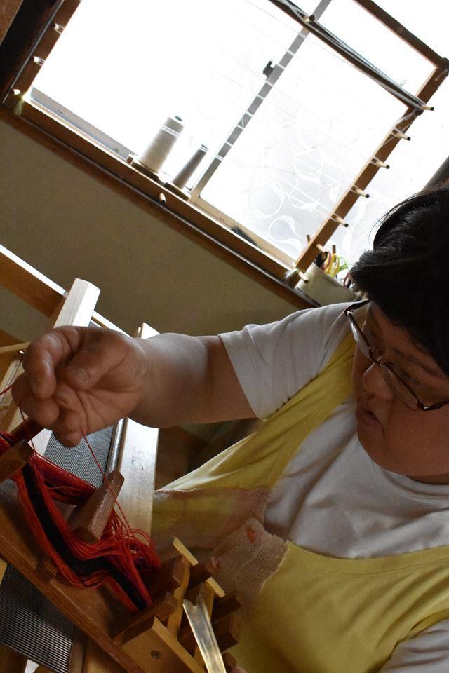 なんとたて糸のカラーバリエーションは40種類以上!!!_d0295916_16160233.jpg